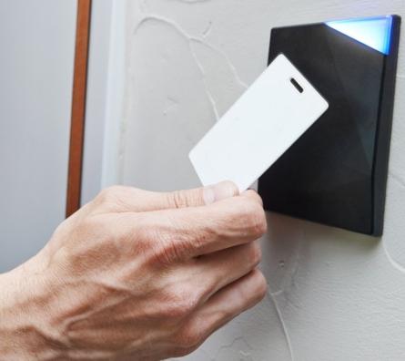 controle acces lecteur